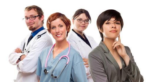 כיצד לבחור מרפאת שיניים לביצוע השתלת שיניים?
